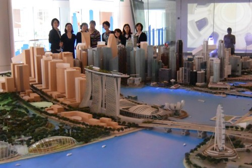 シンガポール風水ツアー㉒ UREセンター