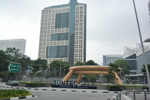 シンガポール風水ツアー⑭ 富の噴水とコンラッドホテル
