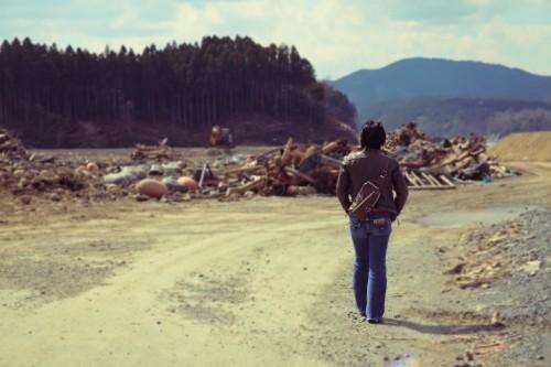 32-宙SORA-南三陸町-波伝谷漁港の瓦礫を歩く